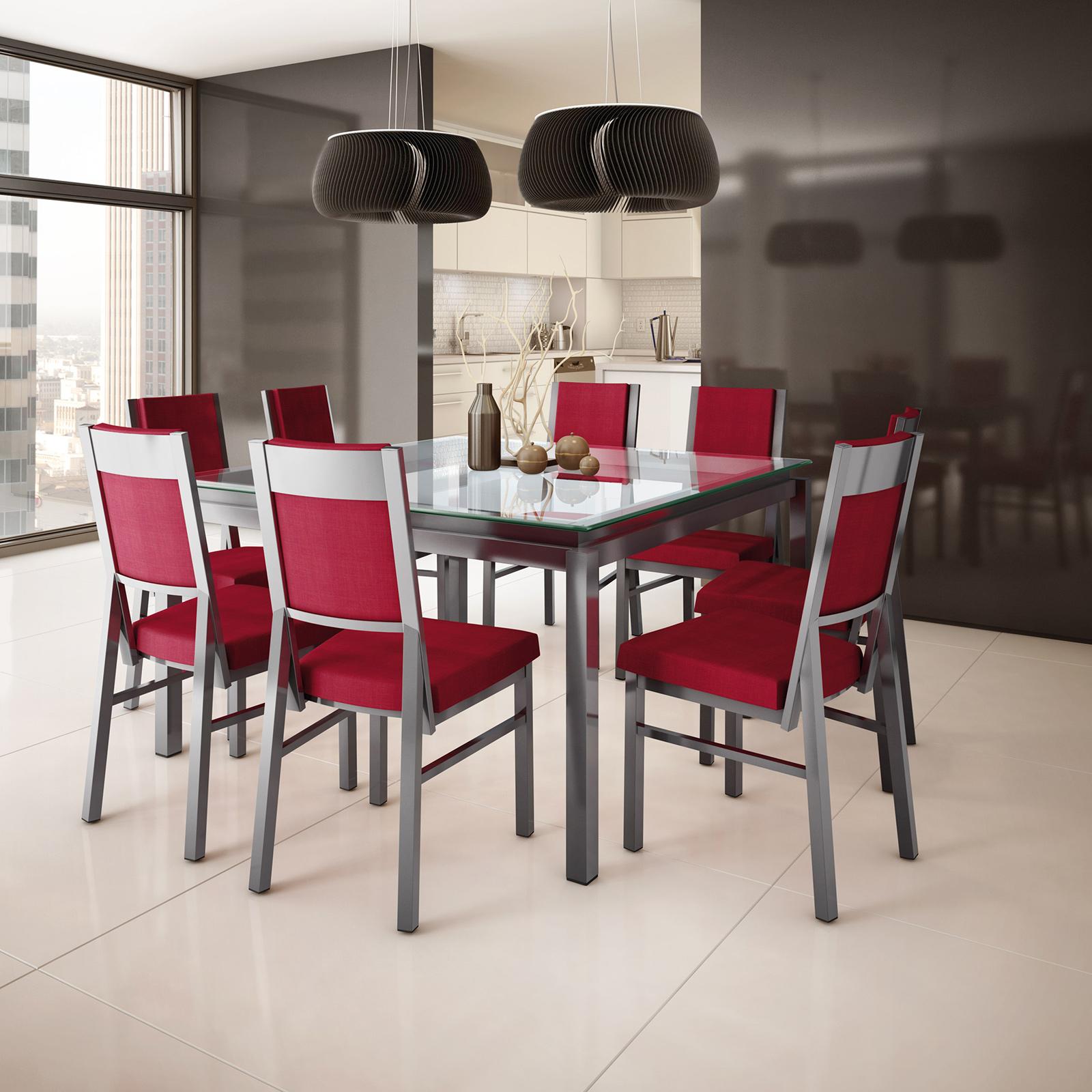 Modèle : Nicholson (À partir de 979$ – Table) Payton (À partir de 279$ – Chaise)